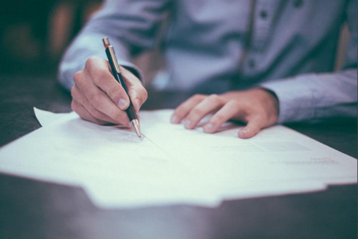 Mottatt erstatningskrav – advokatbistand for håndverker